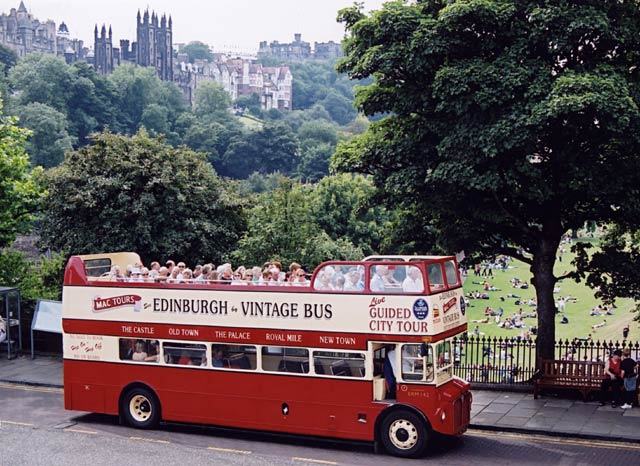 Edinburgh Tourist Bus at Waverley Bridge  -  April 2003