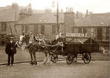 The Pringles in their carriage, possibly at Marchmont or Bruntsfield